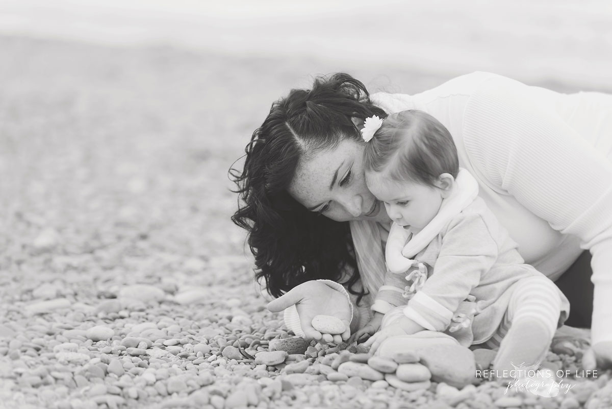 Graceful mom and daughter family photography in Grimsby, Ontario, Canada