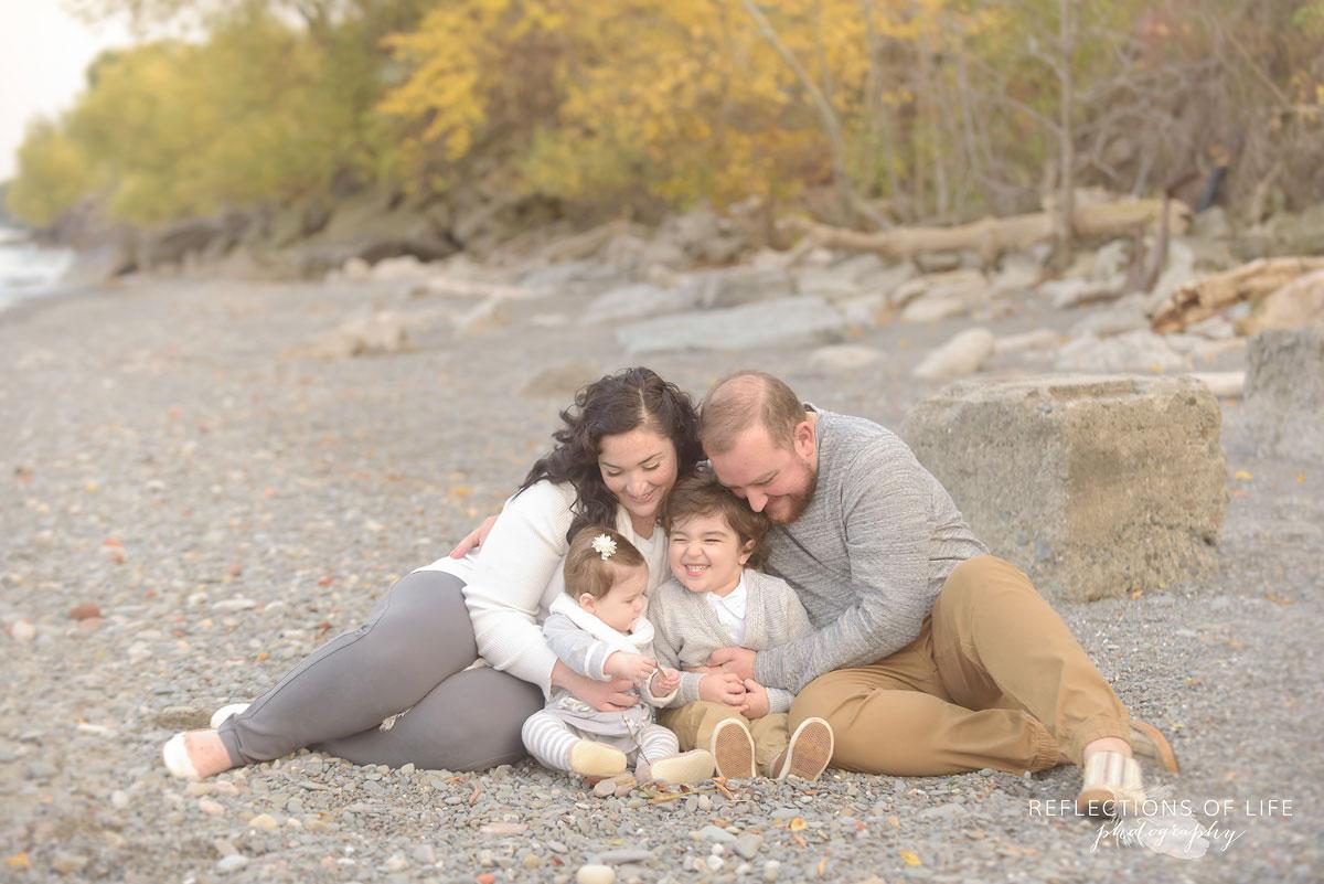 Gentle family photos in Niagara Falls Ontario