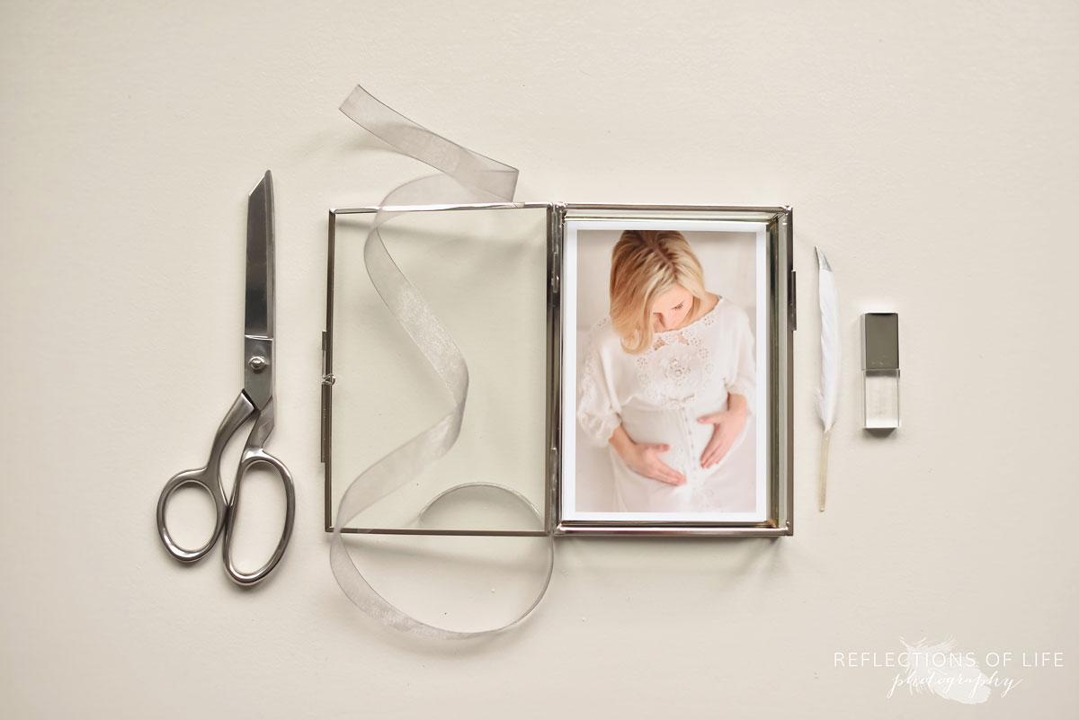 024 Niagara Maternity Photography Glass Proof Box and Custom USB