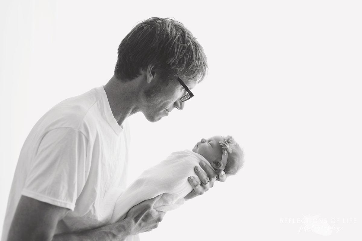 004 Hamilton Ontario Newborn and Daddy Photography