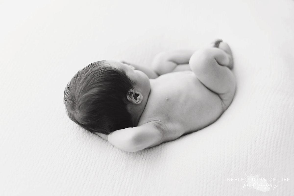 022 niagara newborn photography baby hair and body