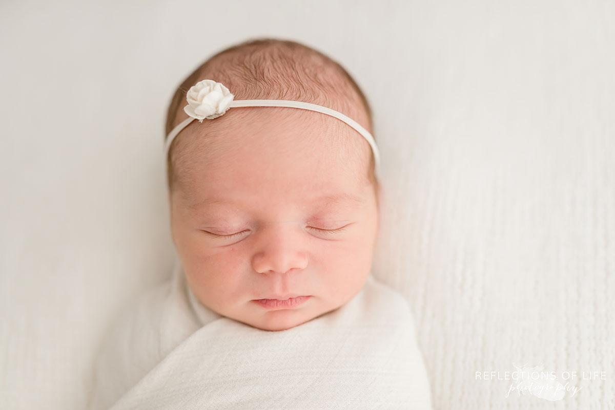 newborn baby girl headshot grimsby photo studio