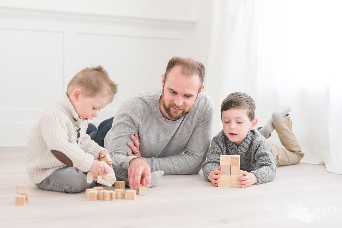 Niagara Ontario photo studio for families and siblings