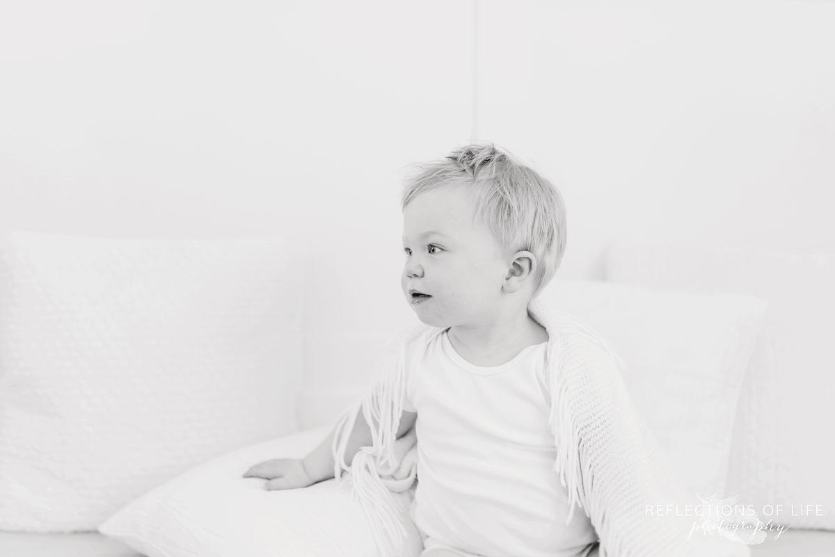 Niagara baby photography black and white