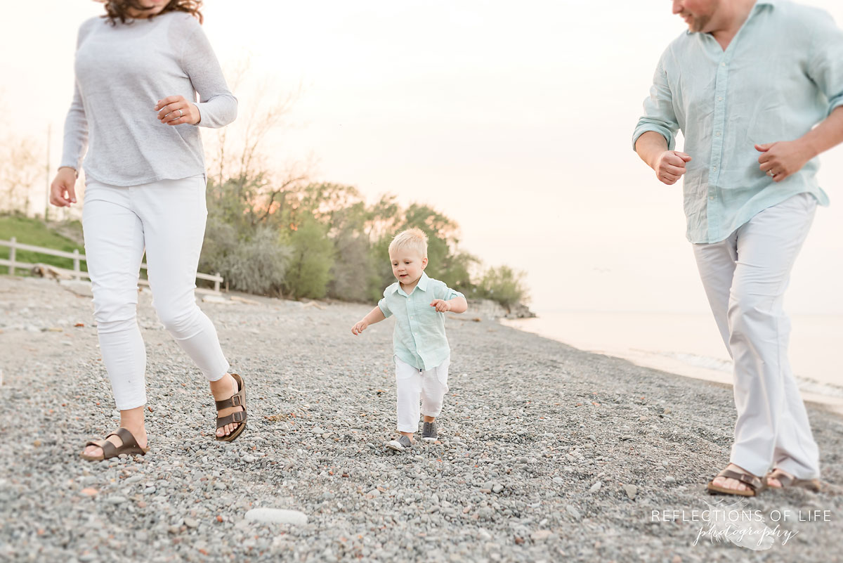 Family+photography+in+Grimsby+Ontario+by+Karen+Byker.jpg