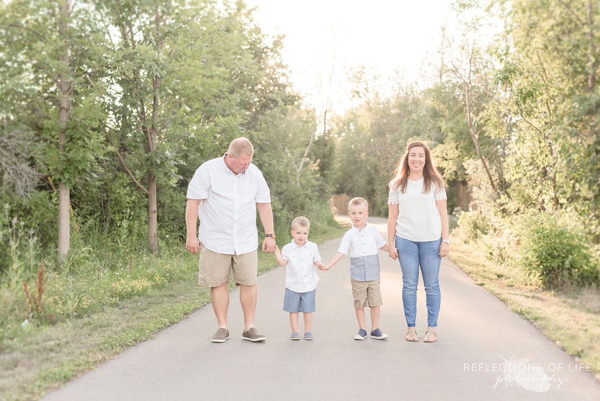 Grimsby Ontario Family Photographer