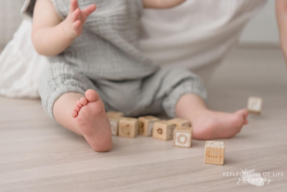 cute babies toes in grimsby ontario