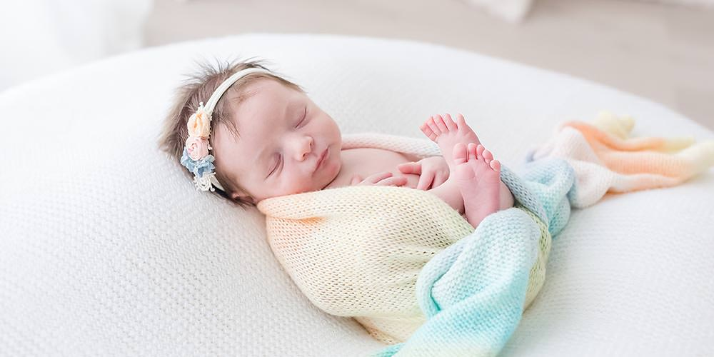 013 Niagara Newborn Photographer.jpg