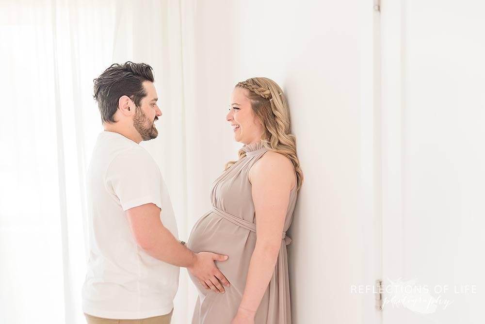 Best Maternity Photographer Niagara Ontario