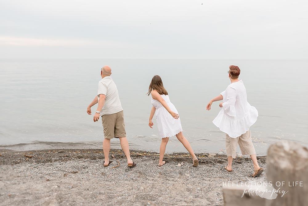 Niagara family photographer at Casablanca Beach Grimsby