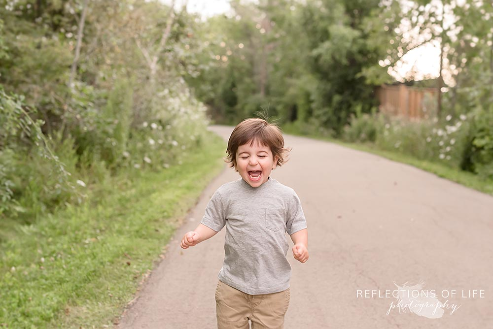 Fun candid child photography in Grimsby Ontario Canada.jpg