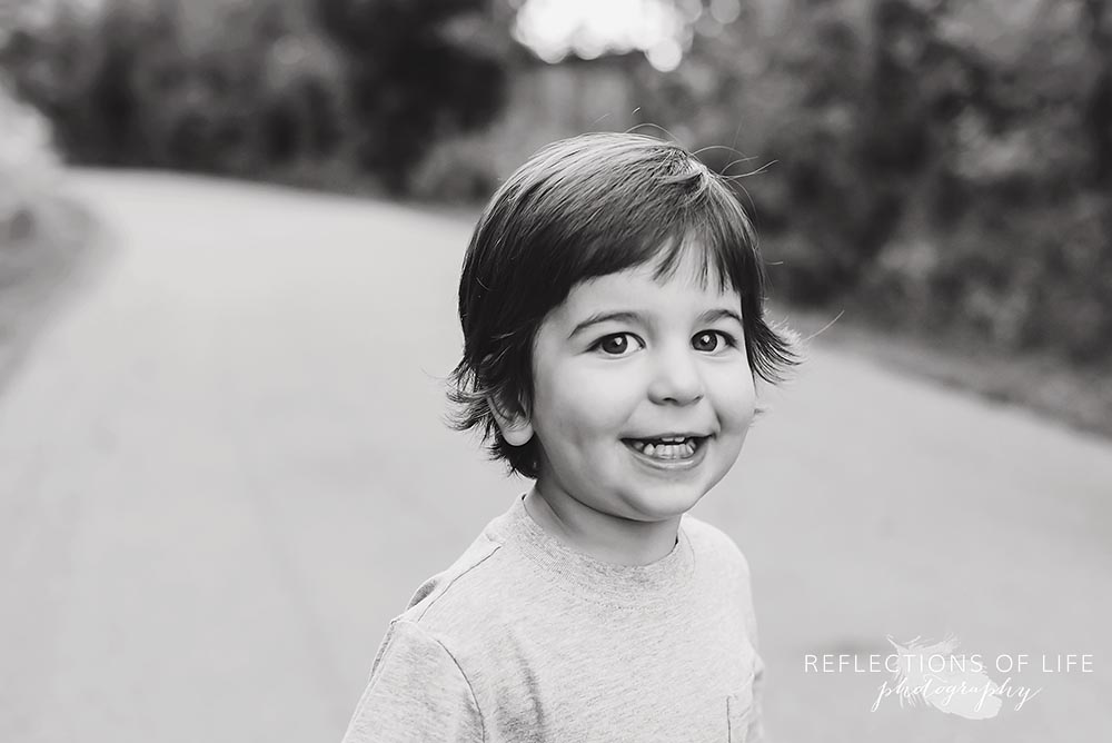 Sothern Ontario child photography boy smiling at the camera.jpg