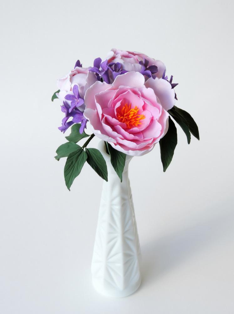 Peony and violet_01_Leigh Ann Gagnon.JPG