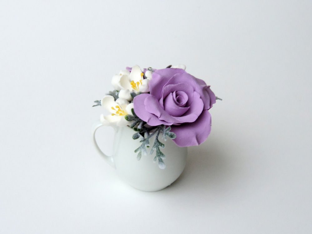 Teacup arrangement_06b_lavender_Leigh Ann Gagnon.JPG