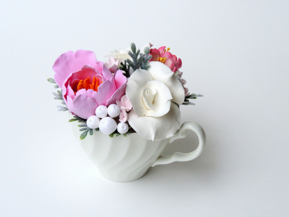 Teacup arrangement_04a_pink_Leigh Ann Gagnon.JPG