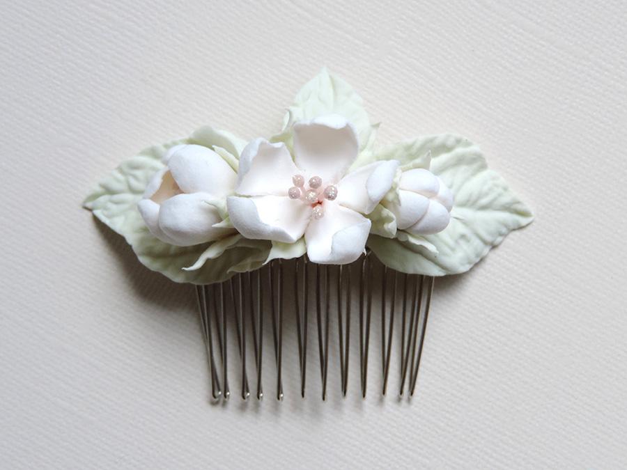 hair comb_white apple_01.jpg