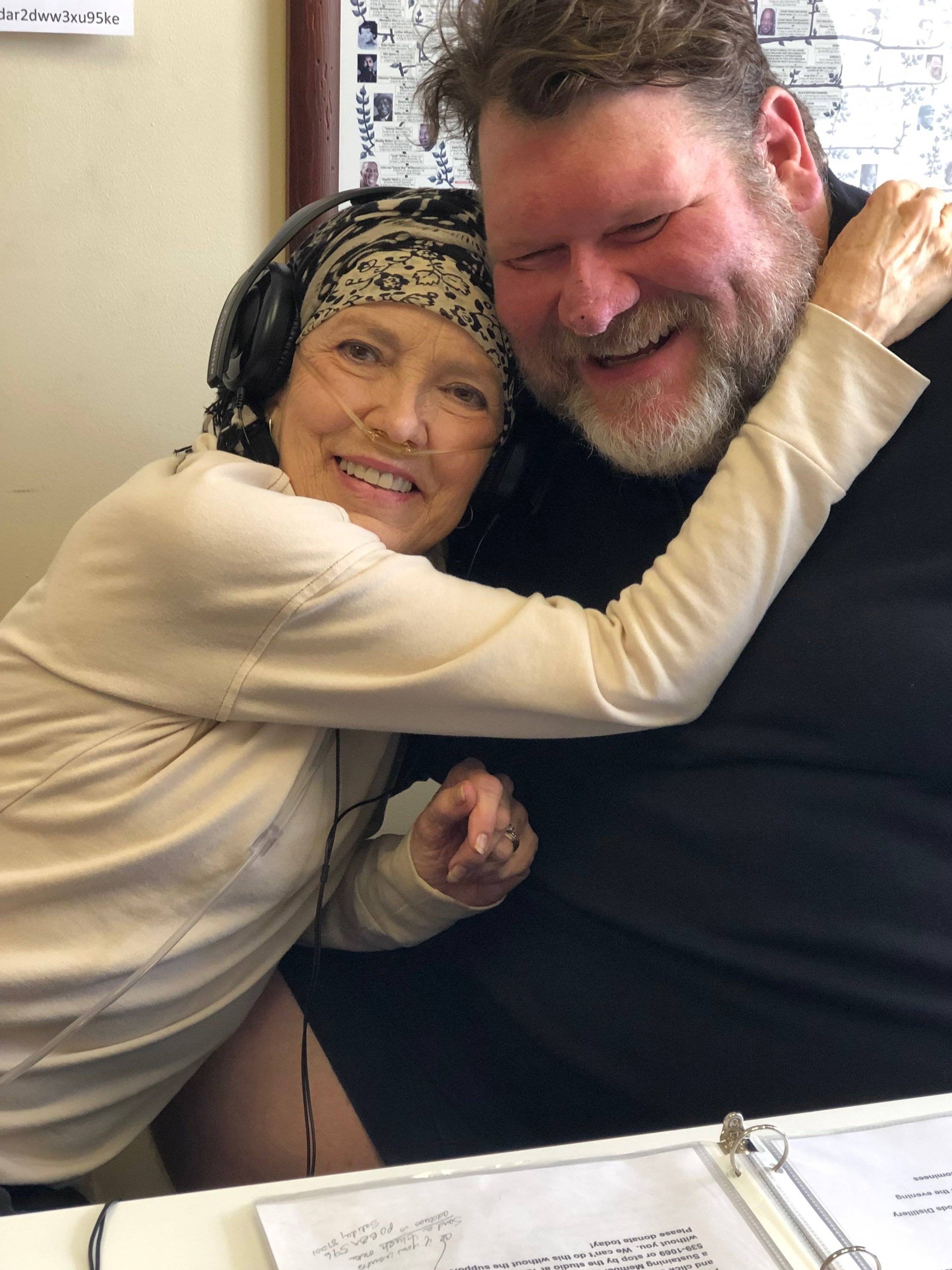Jane Whitmer, Top 5 Women Who Rock giving Jimmy Sellars a big HUG