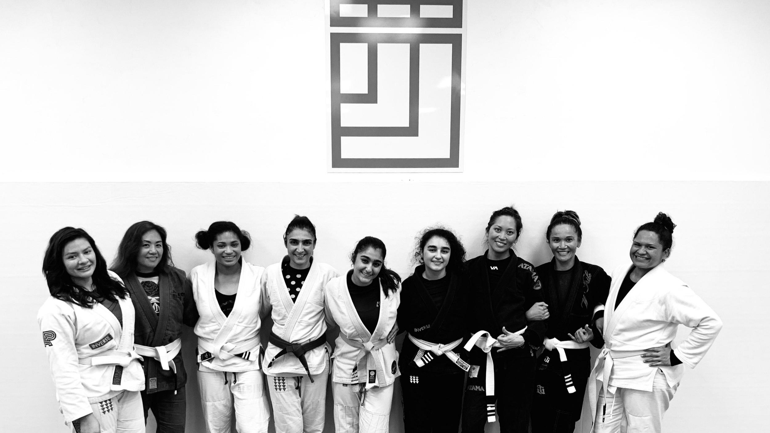 Inverse Jiu Jitsu Womens