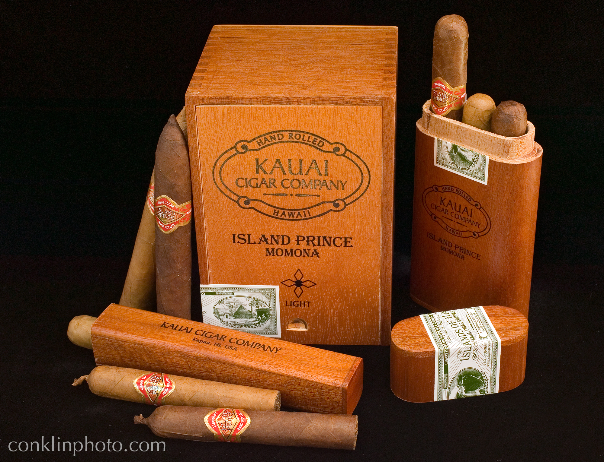 "<a href=""http://www.kauaicigar.com"" target=""_blank"">Kauai Cigar Co.</a>"
