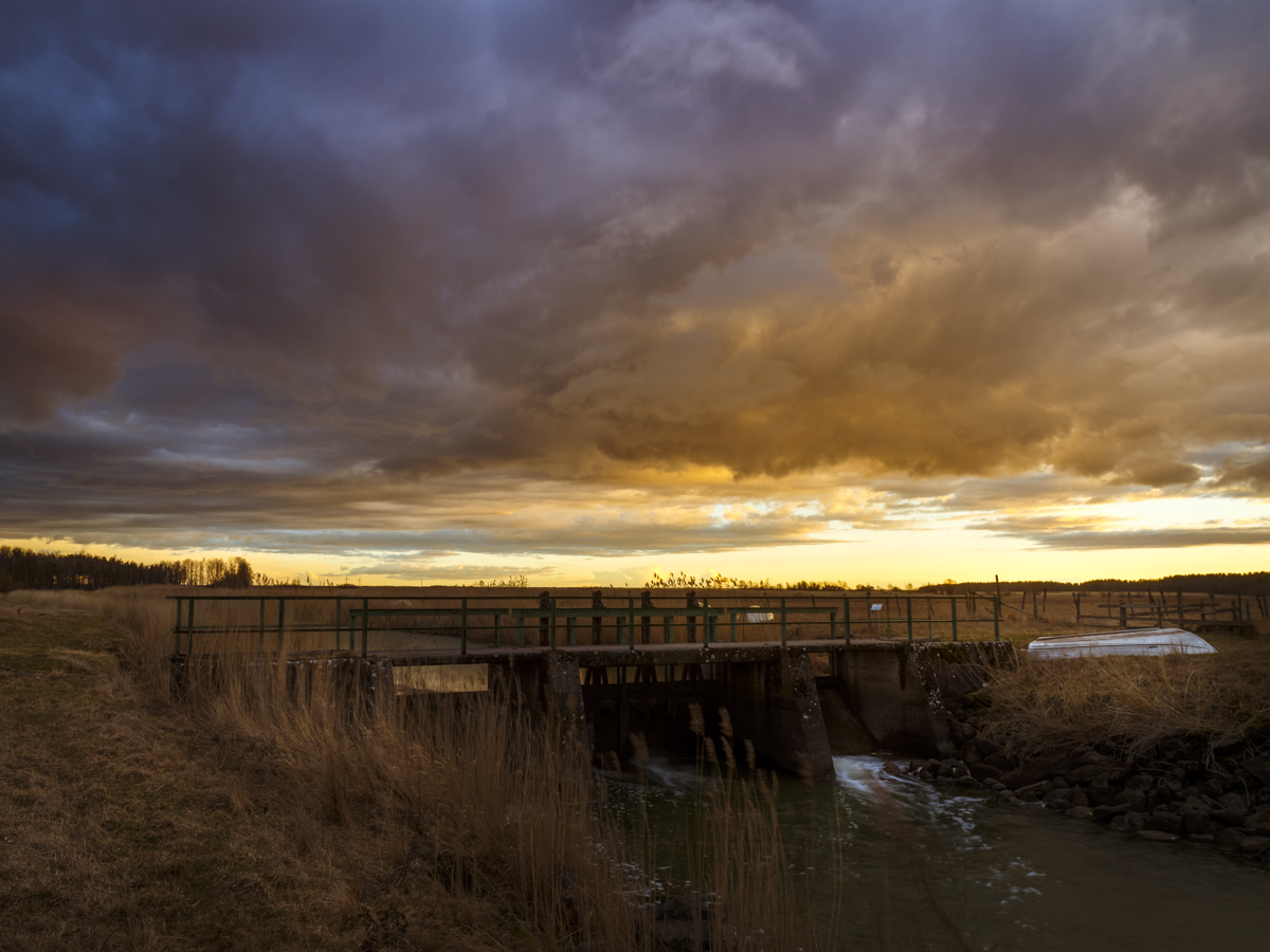 Canon 6D, Canon EF 24-105f4 -> HDR, f16, ISO 100, 24mm