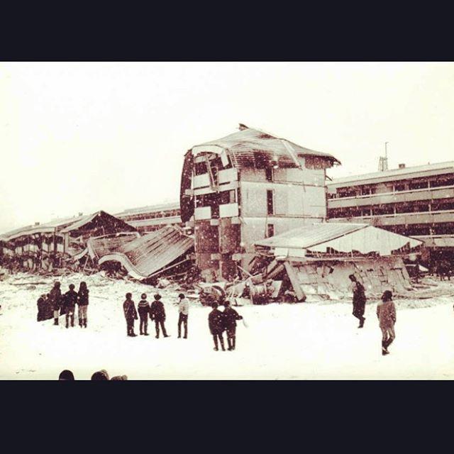 """Endelig har vi fået midler til at komme igang med de første optagelser til den dokumentar projekt som jeg har haft hængende over hovedet i knap 2 år. takket være Karsten Heilmann hoppede med på projektet har det gjort tingene meget lettere.  Dokumentaren """"Blok 5"""" handler om en af det værste ulykker i Grønland, gaseksplosionen i Blok 5 på store slette i Nuuk, 14. Marts 1970. 10 mennesker omkom 1 overlevede og var begravet i 10 timer uden at kunne bevæge sig.  Ser frem til at arbejde med et hold af dejlige mennesker, som jeg har stor tillid til, at de kan udføre deres del af arbejdet, med flot resultat, men.  Følg med projektet her: https://www.facebook.com/groups/258965540950414/?fref=ts  #documentary #Nuuk #Greenland #Blok5 #explosion #MadeInNuuk @annassinuuk"""