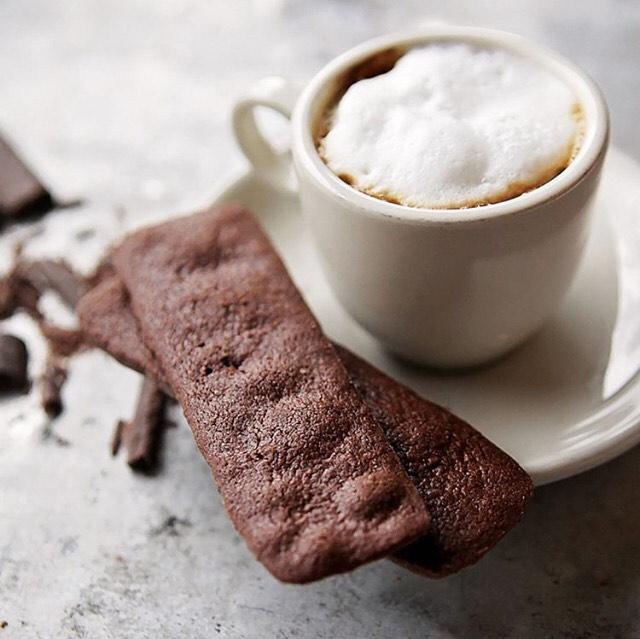Saturday morning coffee at @macrinabakery is always a good idea. . . #sweetseattle #coffeecityglam #seattlefoodie #staywithvioure #coffeecity #seattle #capitolhillseattle #travel