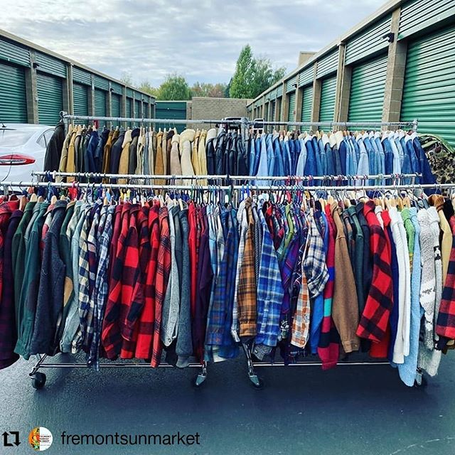 Need some outdoor marketplace in your life? Head on down to the @fremontsunmarket from 10 am to 4 pm today. 🌞 • • • • • •  #Repost via @fremontsunmarket Fresh supply of vintage clothes heading down to the market by @luckylemonsseattle ! Come shop in the sun today! #fleamarketstyle #fleamarket #fremontsundaymarket #vintageclothing