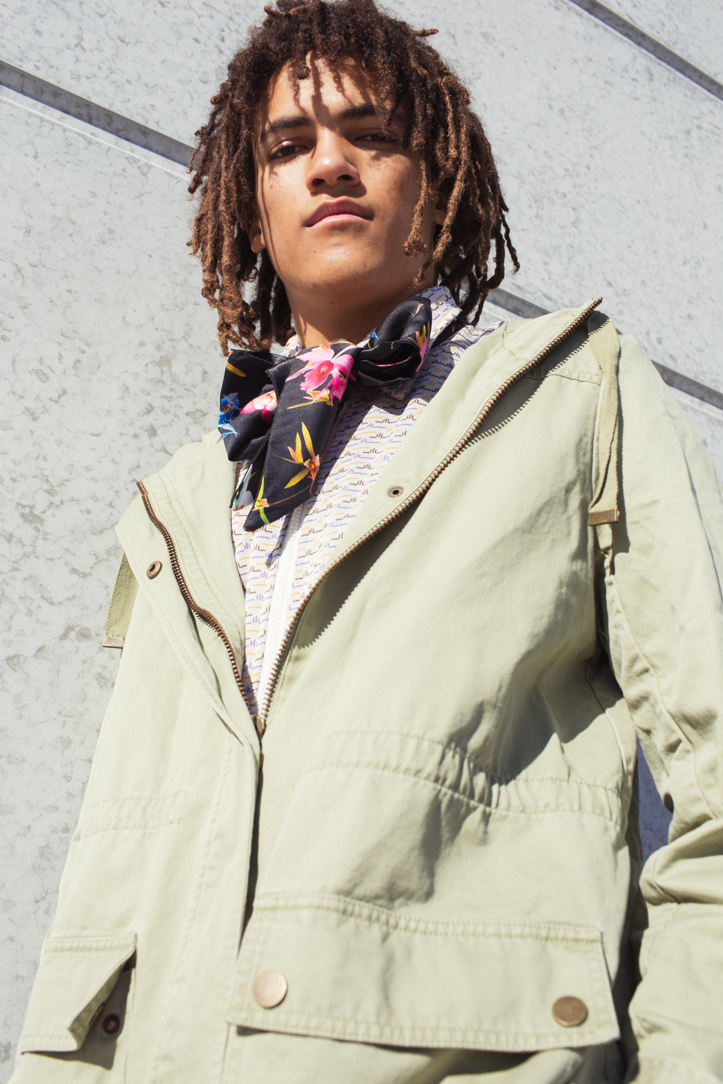 jacket   STYLIST'S OWN ,  top   A&K DEMTRE ,    scarf   MIMCO