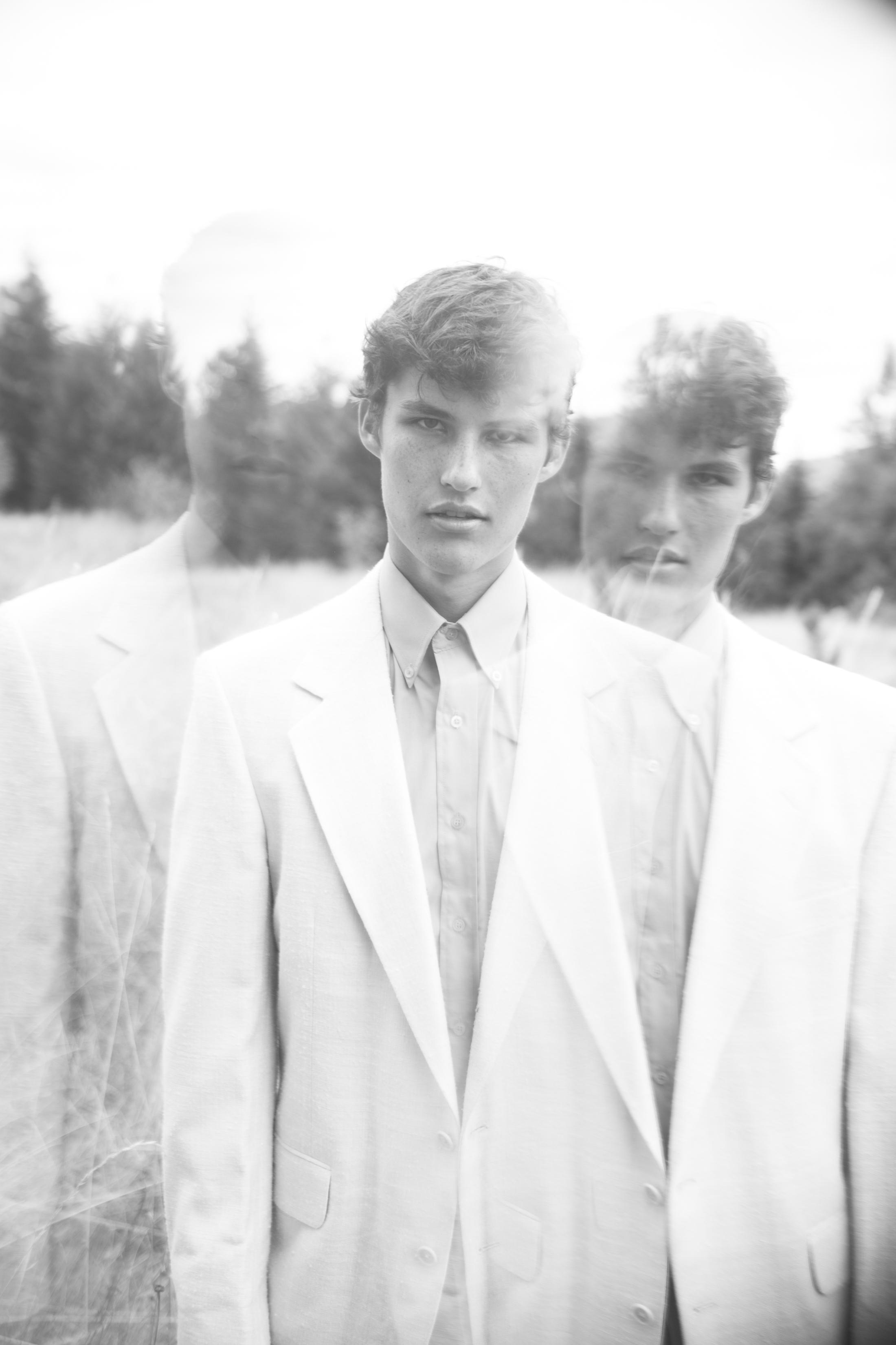IN REFLECTIONS - photography Alexa Jademodel Brent Barzler @ Option Models#StarkMag