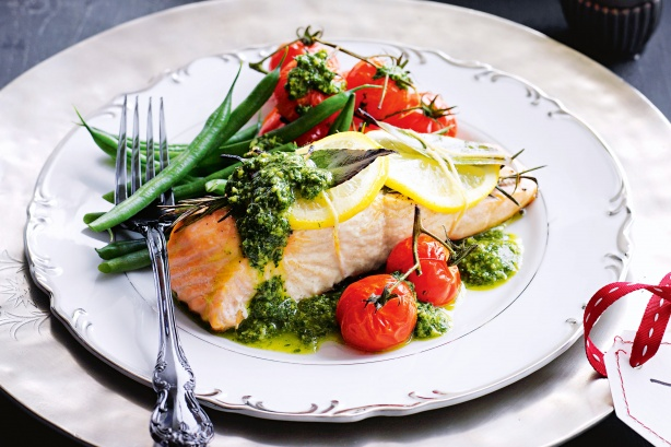 TRAY BAKED SALMON IS  FULL OF OMEGA-3 FATS AND A GREAT SOURCE OF PROTEIN, the veggies provide vitamin c - a great recovery meal