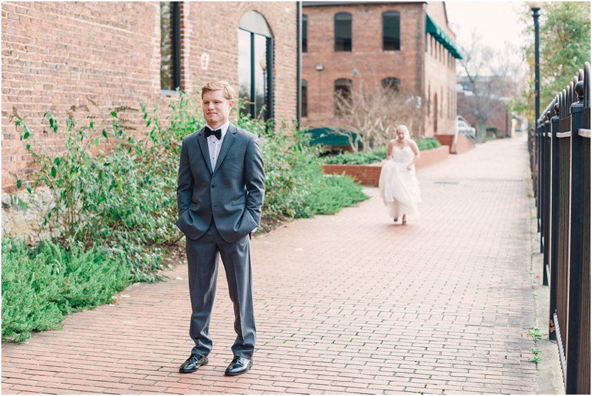 Allison-and-Ryan-Wedding_Rustic-White004.jpg