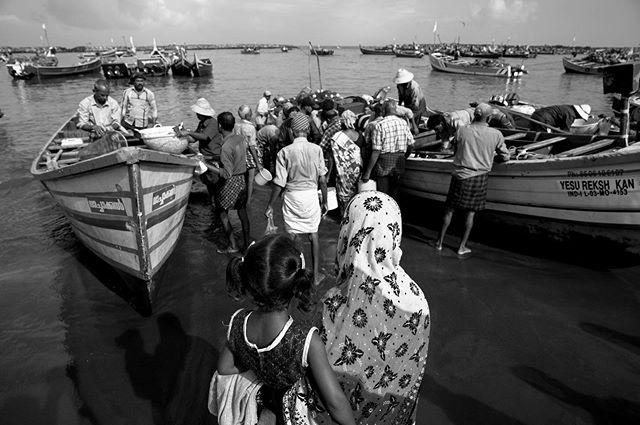 Some photos from a local fishing beach in Kerala, India #travelphotography #travelphotographyindia #documentary #kerala #keralafishermen #chellanam