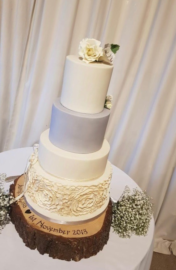 Creative Masterpieces - From the consultation to your wedding day, we will ease some of your stress to ensure your cake is just as beautiful as you.