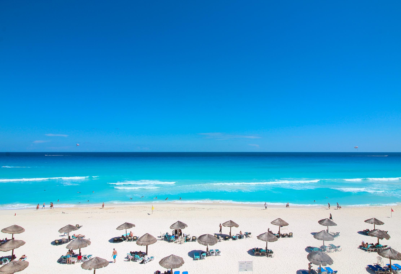 Cancun Beach 2016
