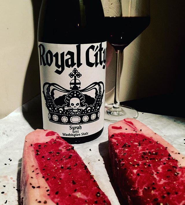 @charlessmithwines #royalcitywa #syrah #2015redwine #charlessmith #wallawallawine #washingtonwine #kvintners #winelover #redwine #syrahaddict #cheers 🍷 Lovely wine, medium ruby, quite transparent. Amazing Northern Rhône type bouquet of savoury elements and exotic black spicy fruits-notes of crushed rocks, tapenade, black tea, little violet sweets, sweat, liquorice, Asian spices and hung meat paired with super ripe aromas of blackberry and black cherry fruit. There appears to be considerable new oak in use. Rich and full-bodied in the mouth the flavours are deep, plush and velvety; spicy and savoury yet also elegant due the wines high acidity. Toothsome and powerfully fruity the combination of ripeness and acidity makes wine sing. A good tannic spine and a long fruity- white pepper finish make for a structured, delicious, and complex wine made for some excellent mid-term bottle age. 13.5% abv. Exceptional.