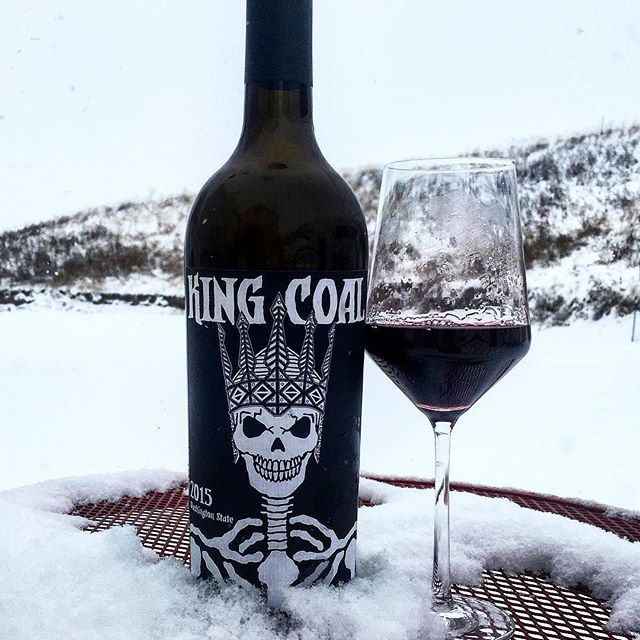 @kickasswawine #kingcoal #stoneridgevineyard #2015redwine #columbiavalley #kvintners • • Fun to take this picture, it's such an evil label. Leads on to the wine which is equally as broody and expressive as it's label. A blend of Cabernet Sauvignon and Syrah, it's earthy, mineral and spicy in composition. Structure -wise It's, just transparent and not as devilish in the mouth. It's actually quite elegant exposing red and blackcurrants with a beautiful streak of minerals running through its core. Nice lick of vanilla oak cramming around the edges adds extra comfort and almost creamy mouthfeel to the full bodied, concentrated liquorice and cassis palate that seems endless. It's beautifully balanced and this is the wines centrepiece- good uplifting acidity, Med-light sweet chocolate tannins. Similar to a lighter framed, more red- fruity Royal City. Excellent, age worthy (6) and unique. 13.5 alc.  #washingtonstate #wine #winelover #winestagram #vine #wallawalla #wawine #topwine #drinkwashington #winenight #frozencity #winephotography #wineblogger #blogger #blendwine #lovewine #winetourism #wineinthesnow #snow #winetime #cheers 🍷