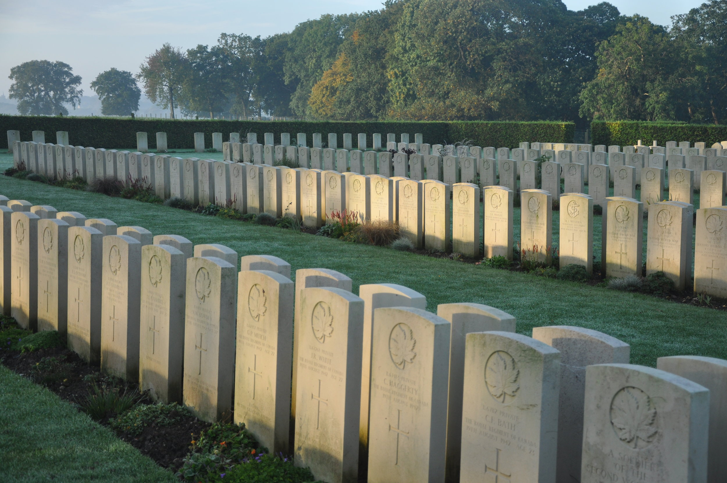 Canadian soldiers buried in France