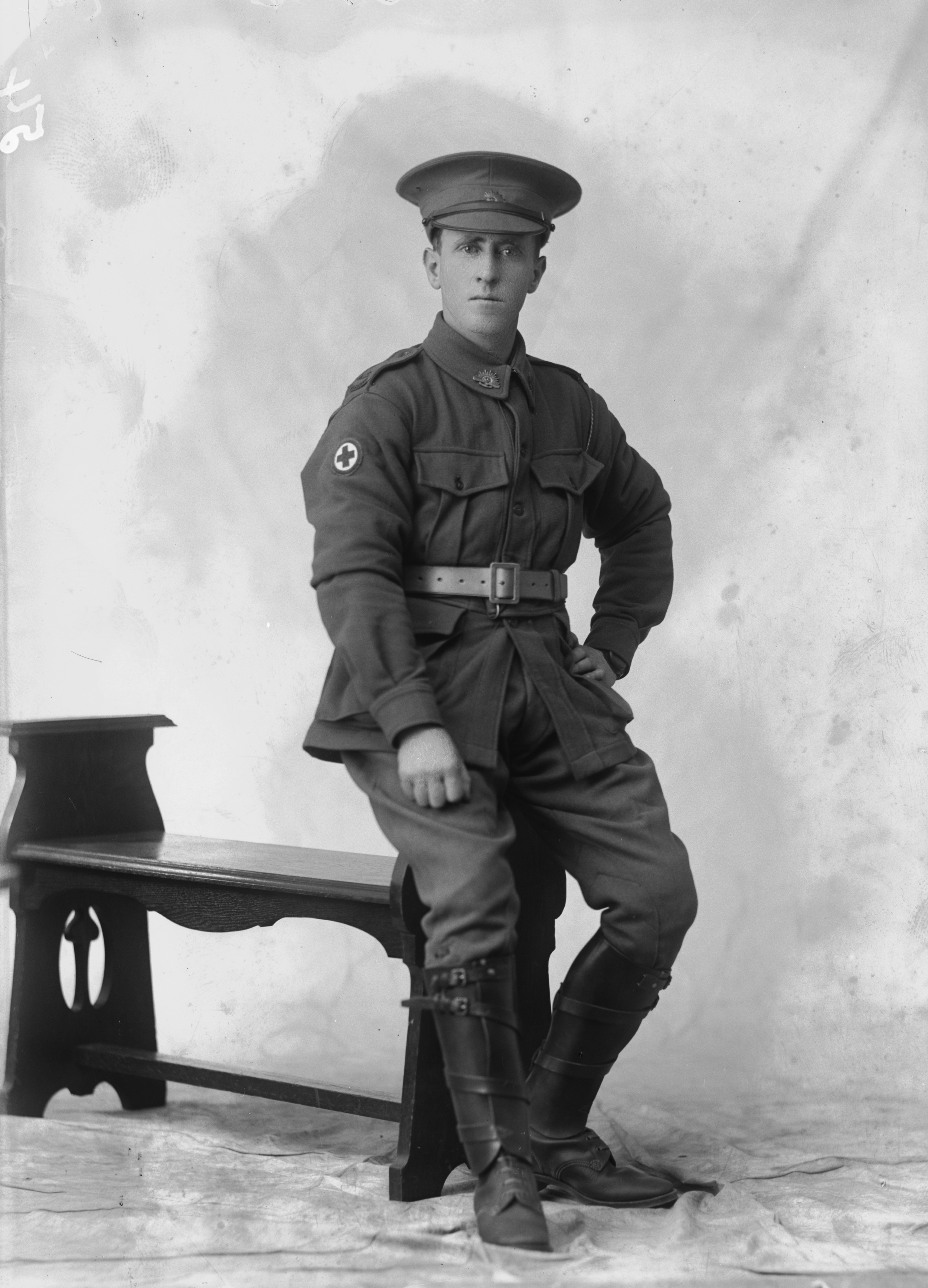 Photographed at the Dease Studio, 117 Barrack Street Perth WA Image courtesy of the State Library of Western Australia: 108020PD