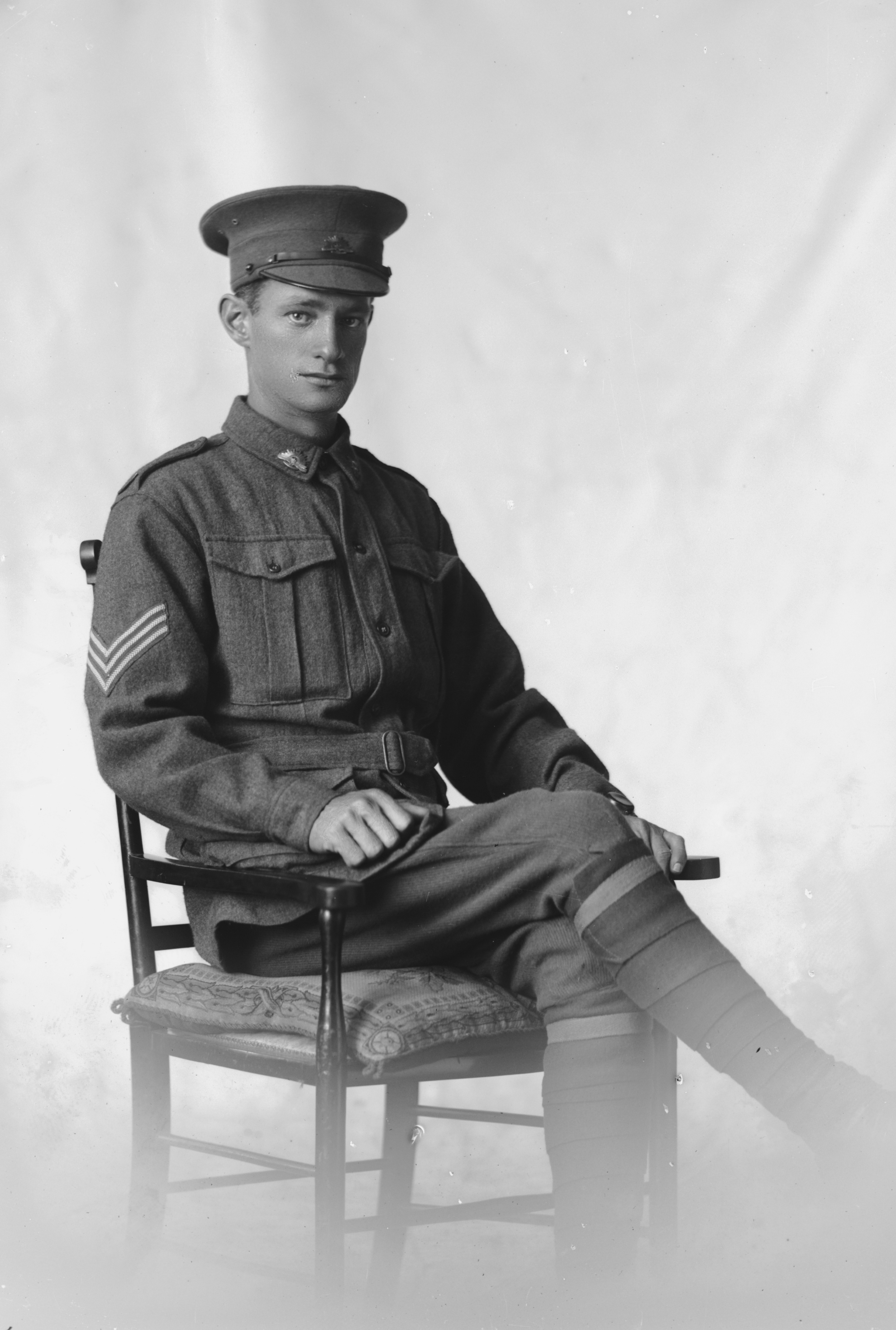 Photographed at the Dease Studio, 117 Barrack Street Perth WA Image courtesy of the State Library of Western Australia: 108121PD