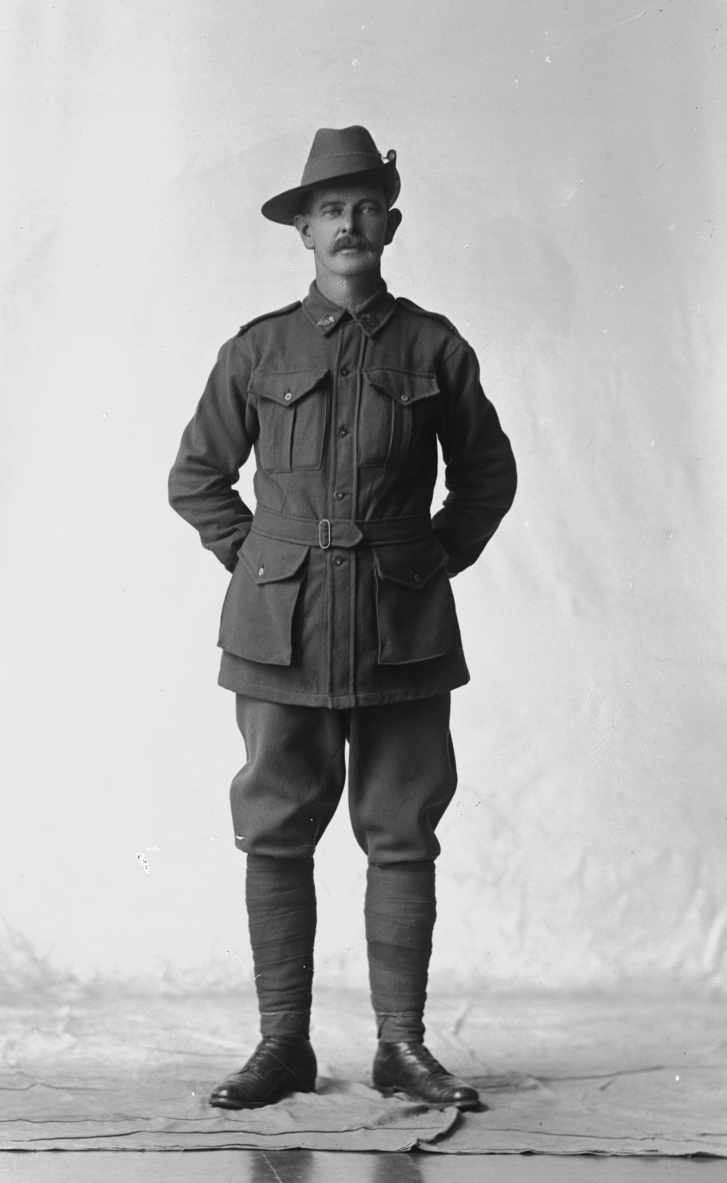 Photographed at the Dease Studio, 117 Barrack Street Perth WA. Image courtesy of the State Library of Western Australia: 108238PD