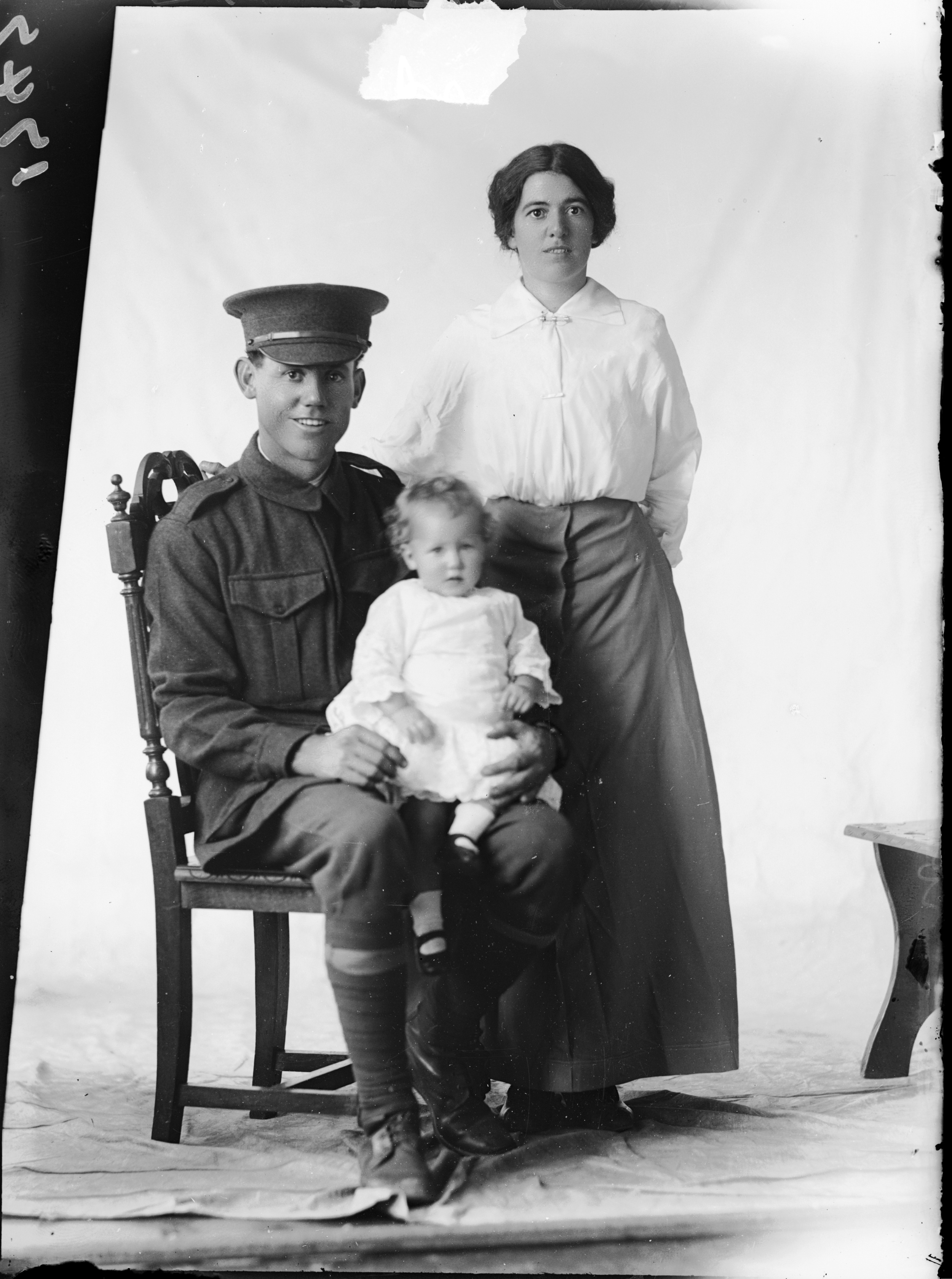 Photographed at the Dease Studio, 117 Barrack Street Perth WA Image courtesy of the State Library of Western Australia: 1083337PD