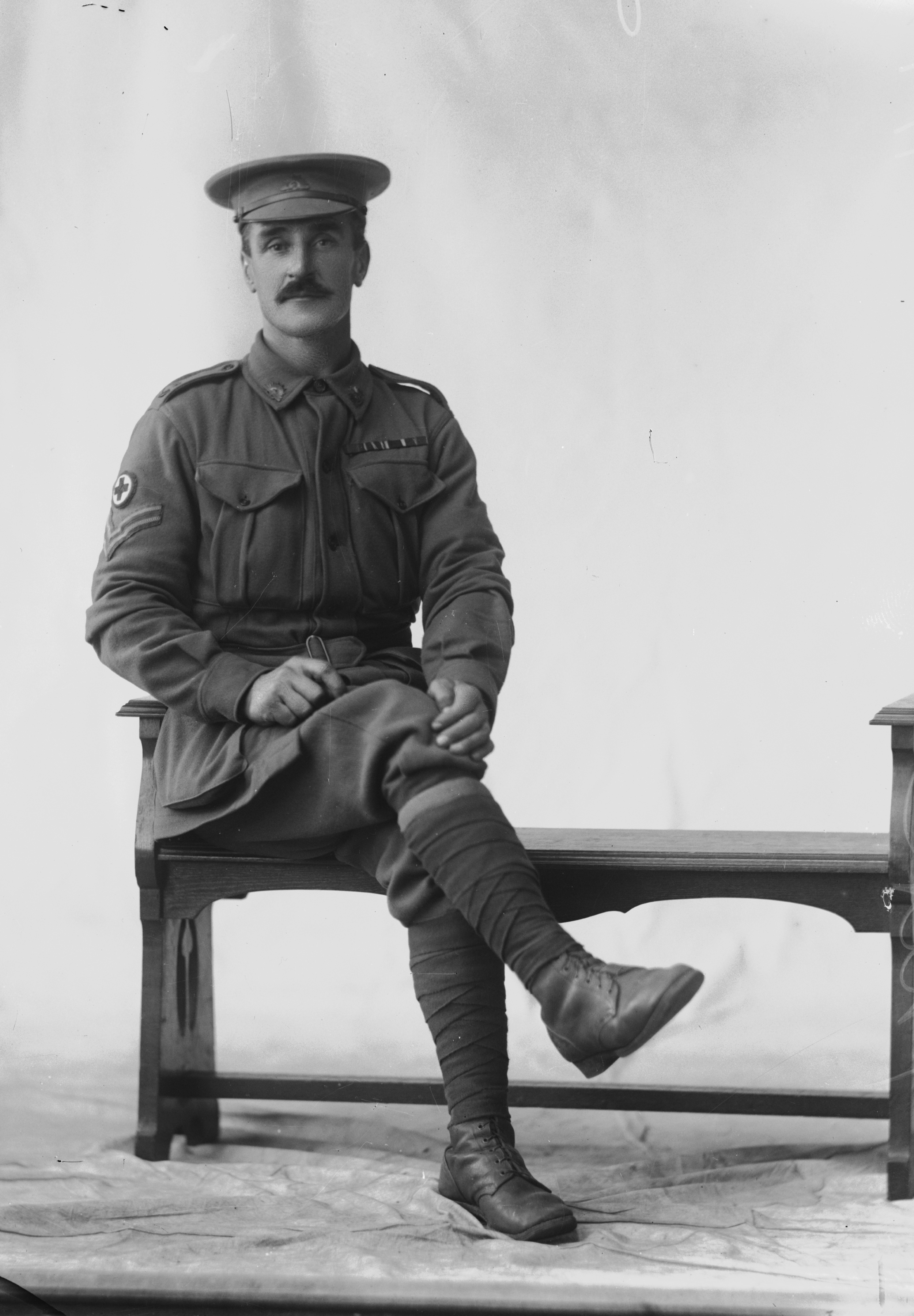 Photographed at the Dease Studio, 117 Barrack Street Perth WA Image courtesy of the State Library of Western Australia: 108303PD