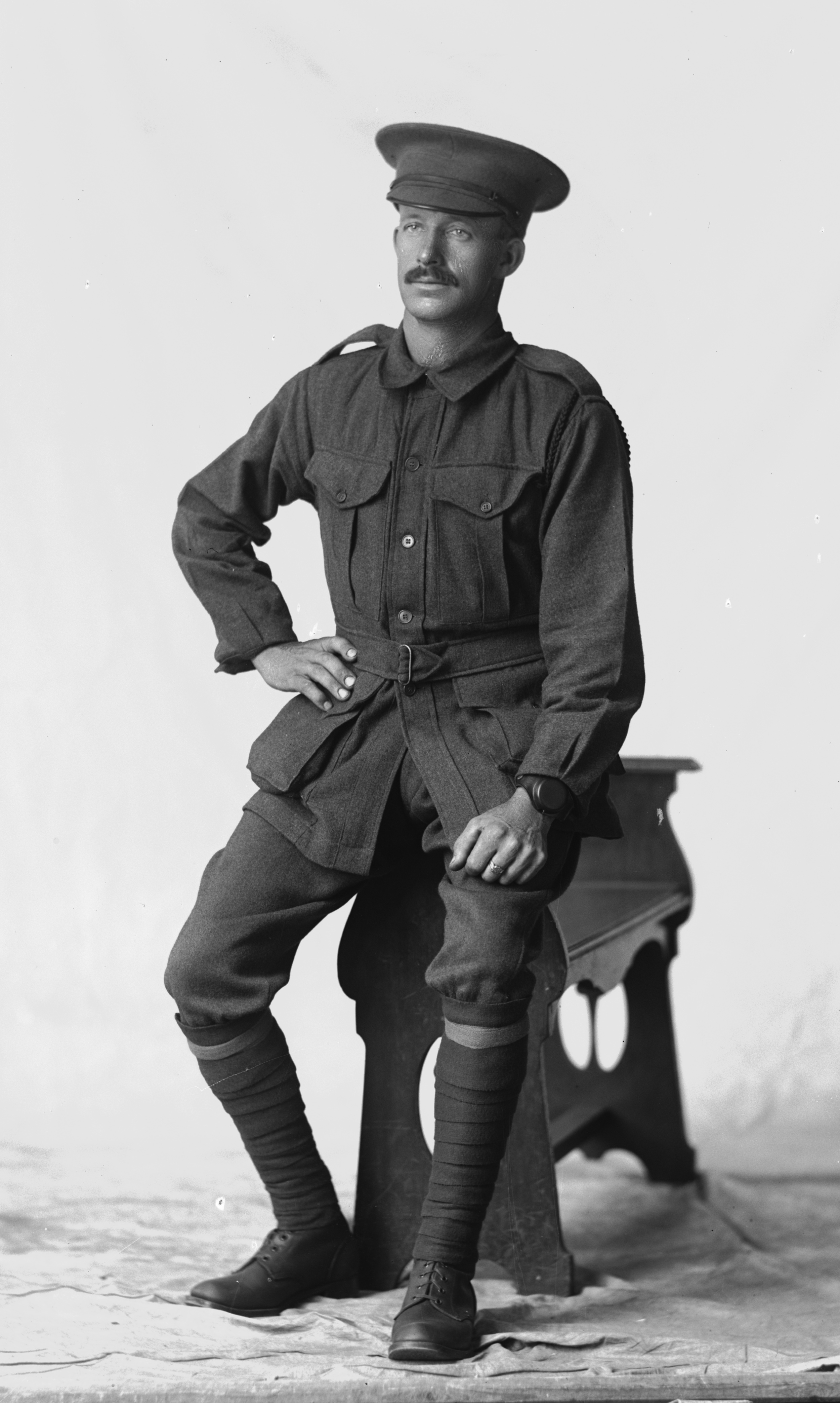 Photographed at the Dease Studio, 117 Barrack Street Perth WA Image courtesy of the State Library of Western Australia: 108084PD