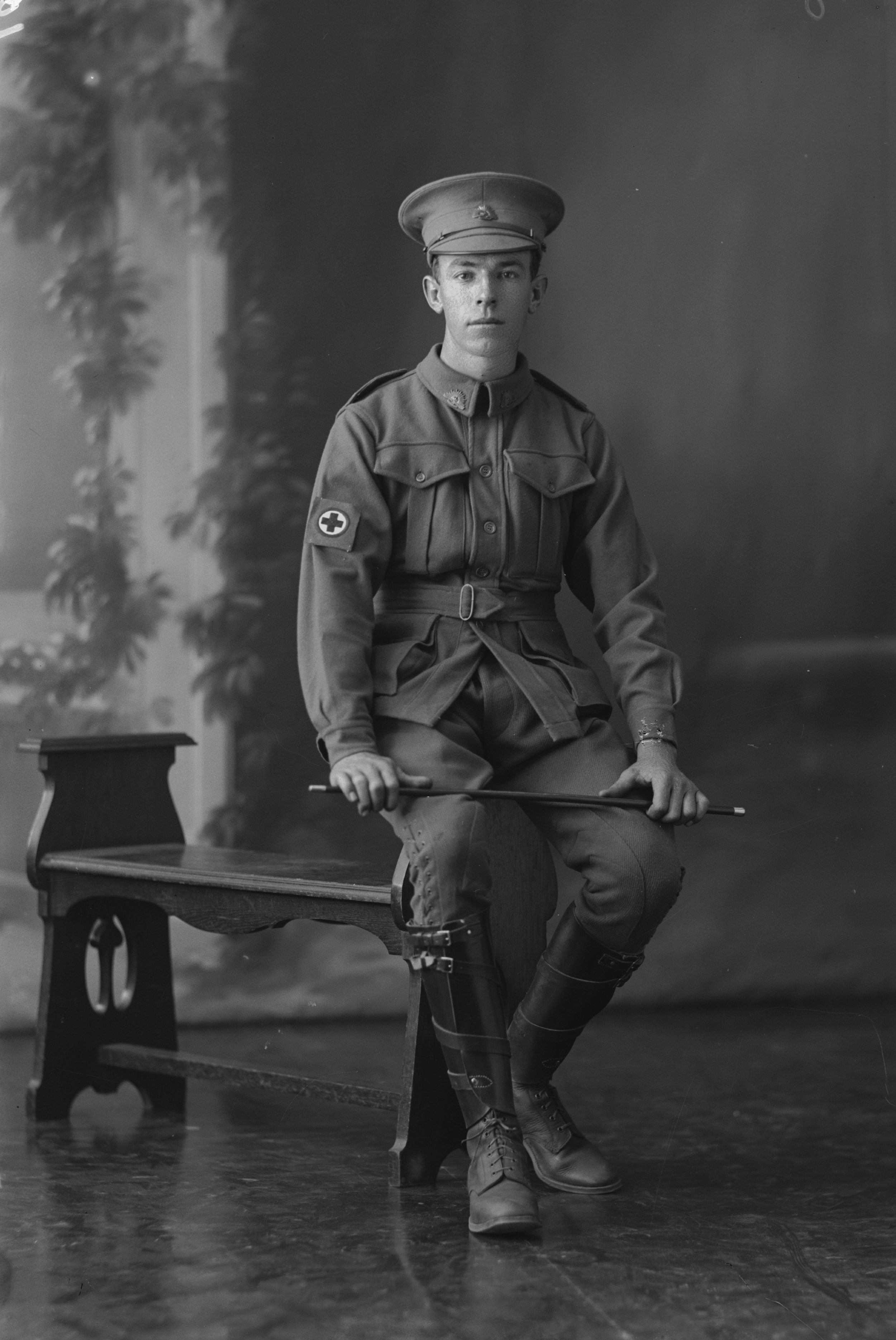 Photographed at the Dease Studio, 117 Barrack Street Perth WA Image courtesy of the State Library of Western Australia: 108305PD