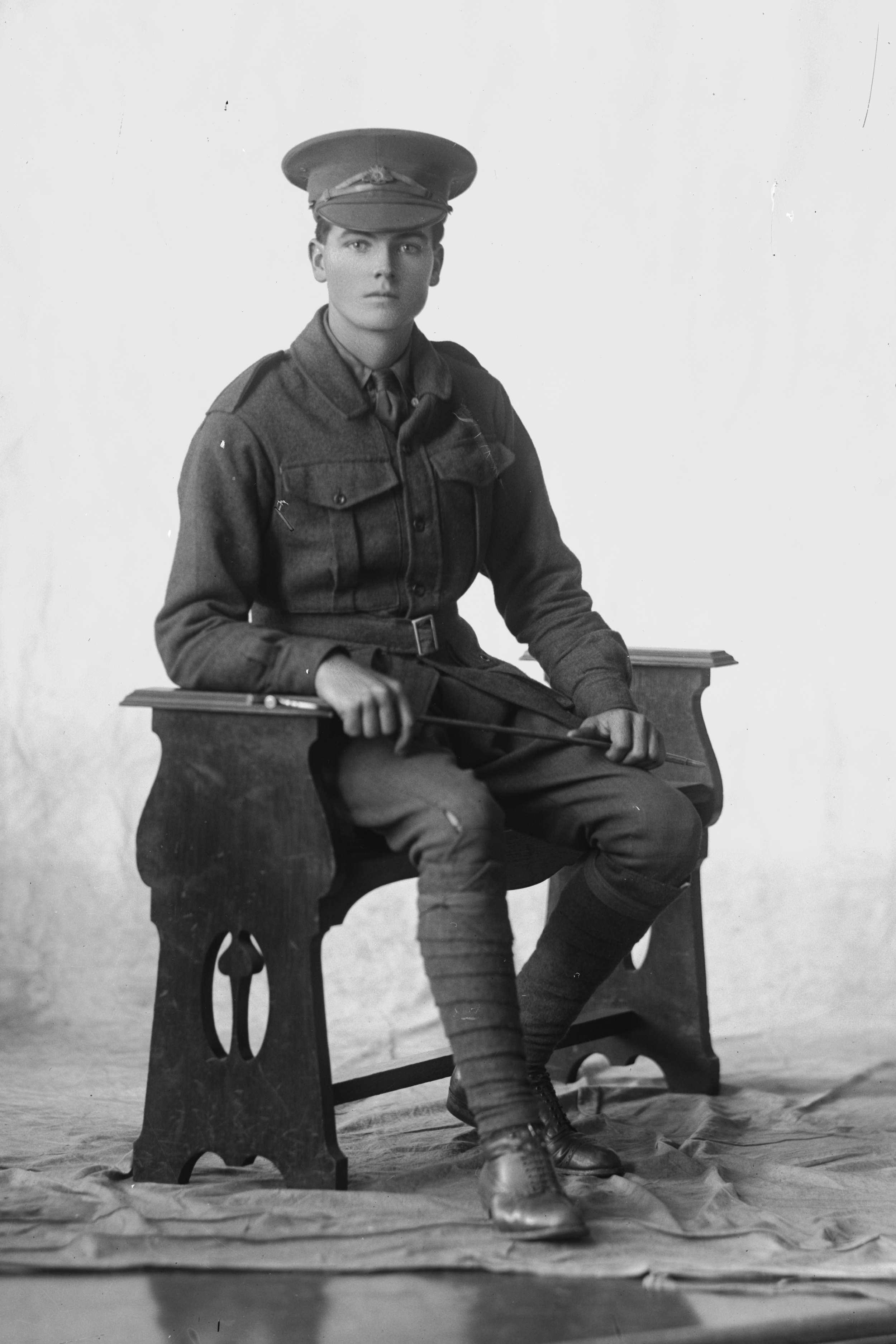 Photographed at the Dease Studio, 117 Barrack Street Perth WA Image courtesy of the State Library of Western Australia: 108520PD
