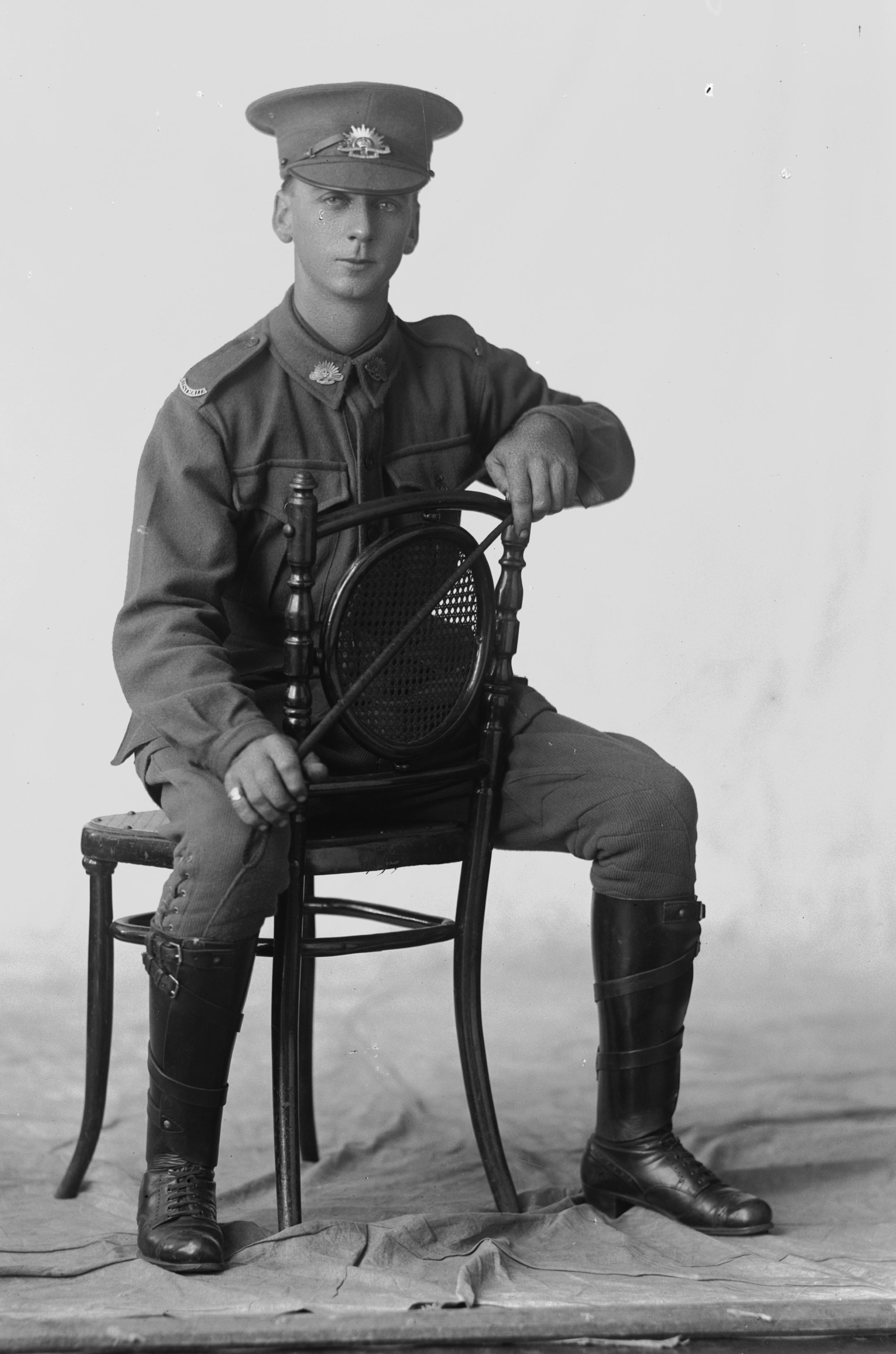Photographed at the Dease Studio, 117 Barrack Street Perth WA Image courtesy of the State Library of Western Australia: 108345PD