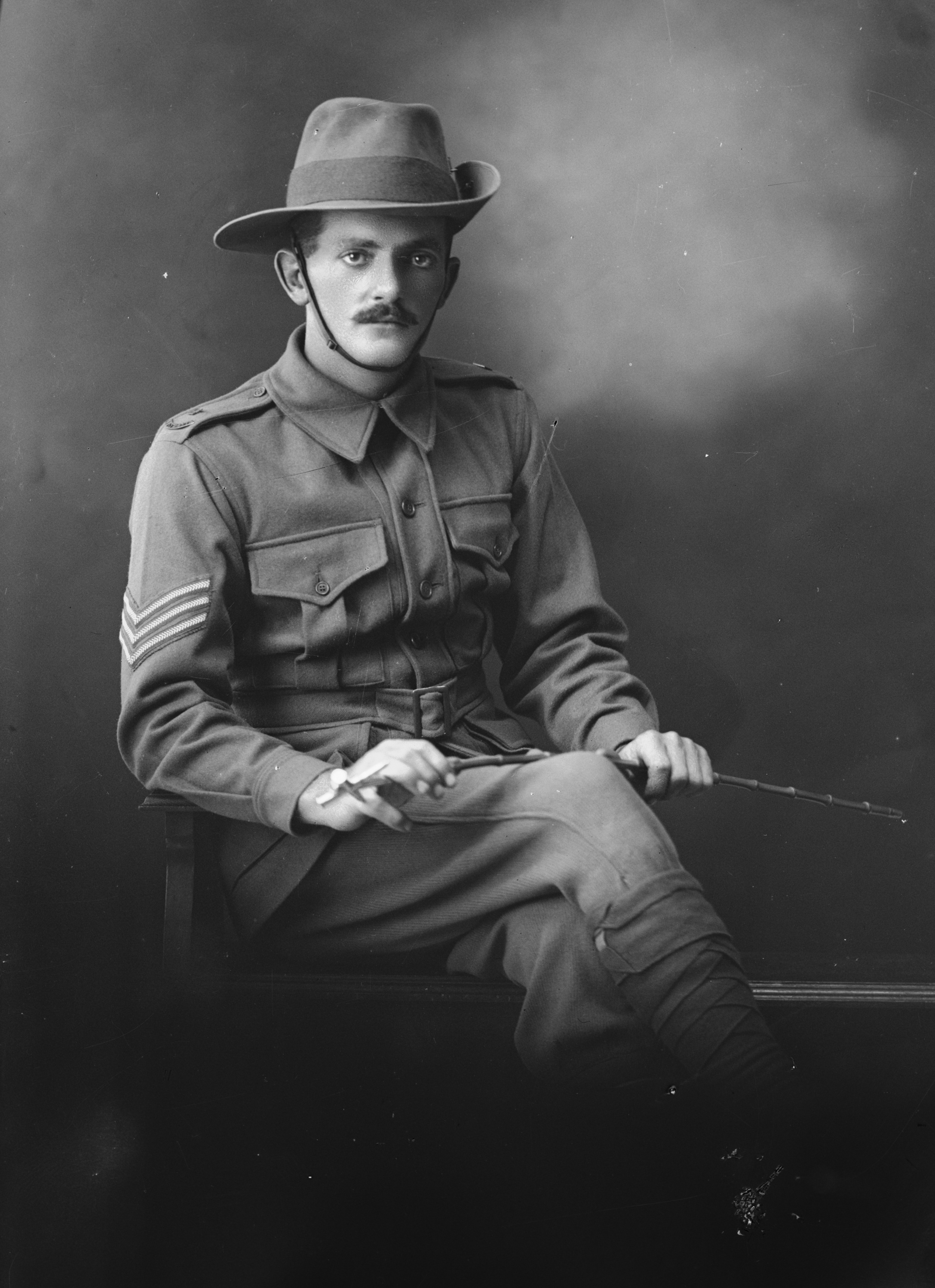 Photographed at the Dease Studio, 117 Barrack Street Perth WA Image courtesy of the State Library of Western Australia: 108149PD