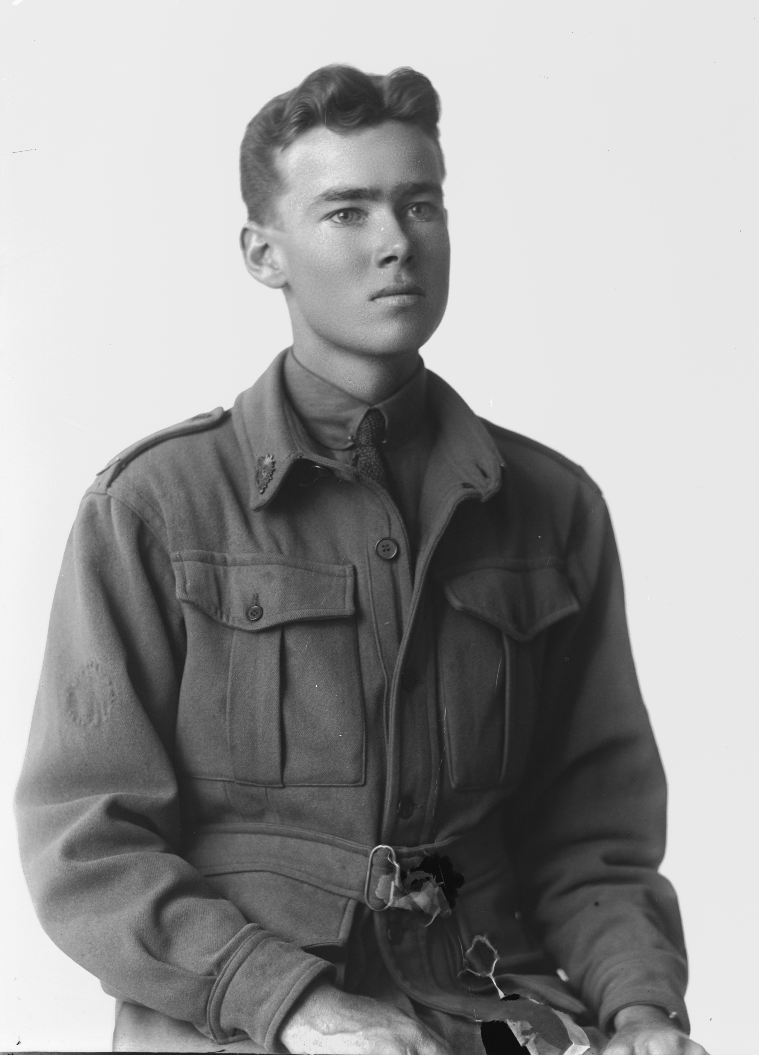Photographed at the Dease Studio, 117 Barrack Street Perth WA Image courtesy of the State Library of Western Australia: 108617PD