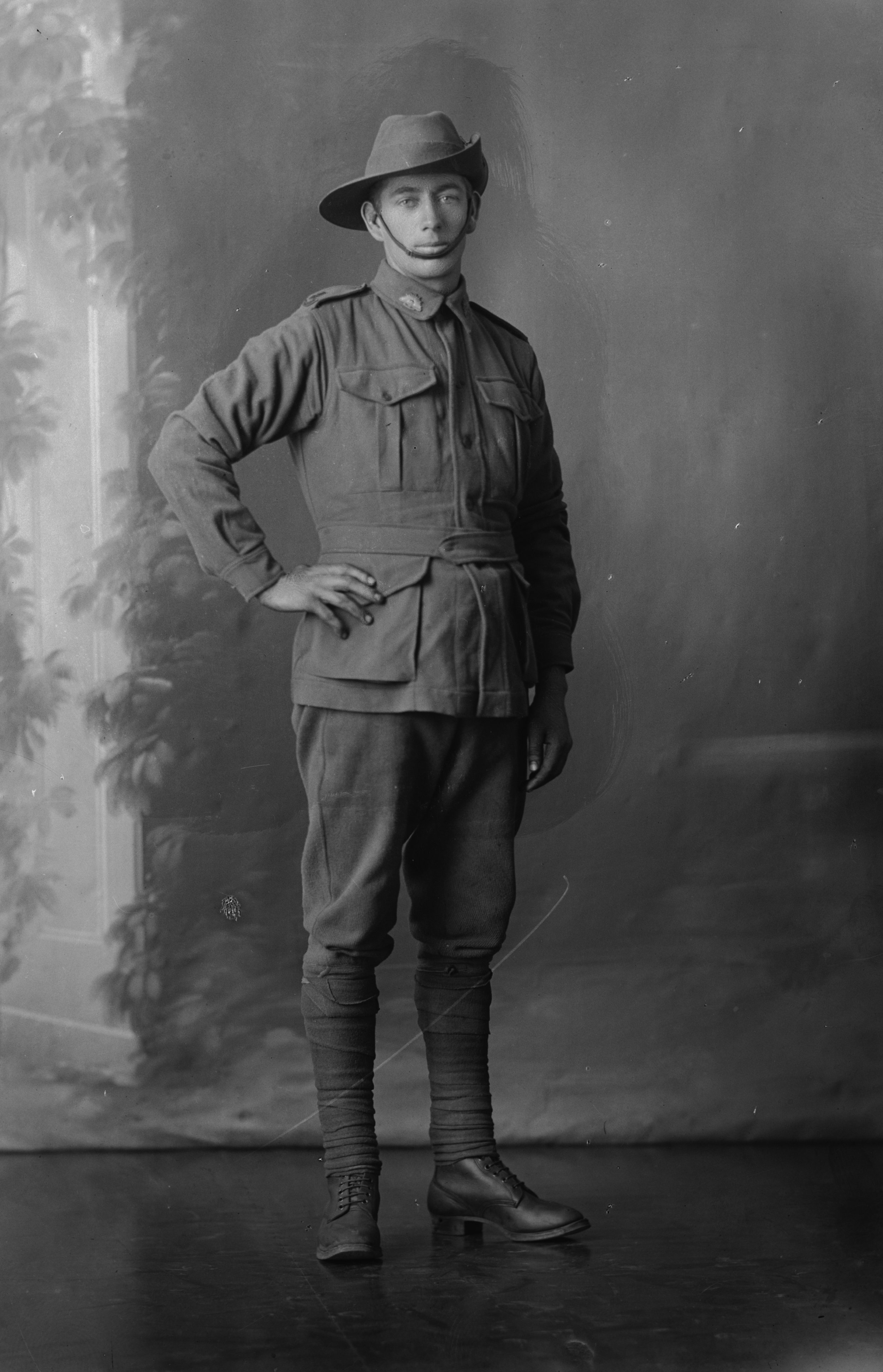 Photographed at the Dease Studio, 117 Barrack Street Perth WA Image courtesy of the State Library of Western Australia: 108308PD