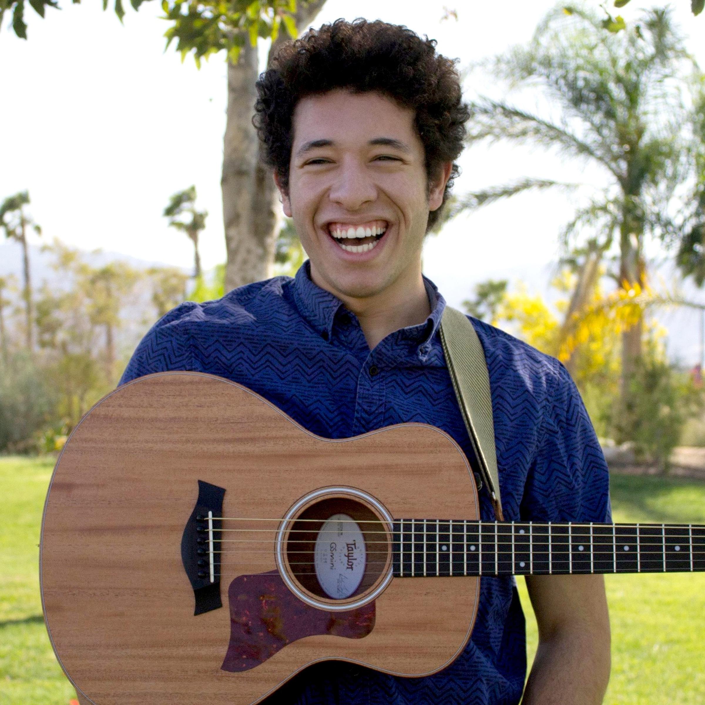 Abdel Dakhil   vocals • guitar